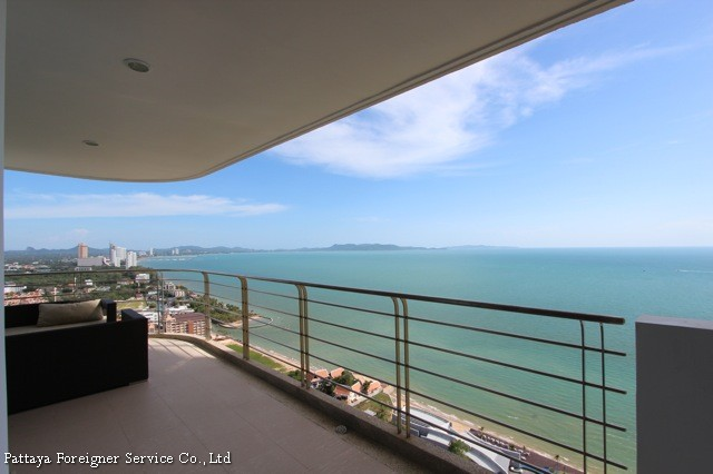 condo for sale at najomtien  for sale in Na Jomtien Pattaya