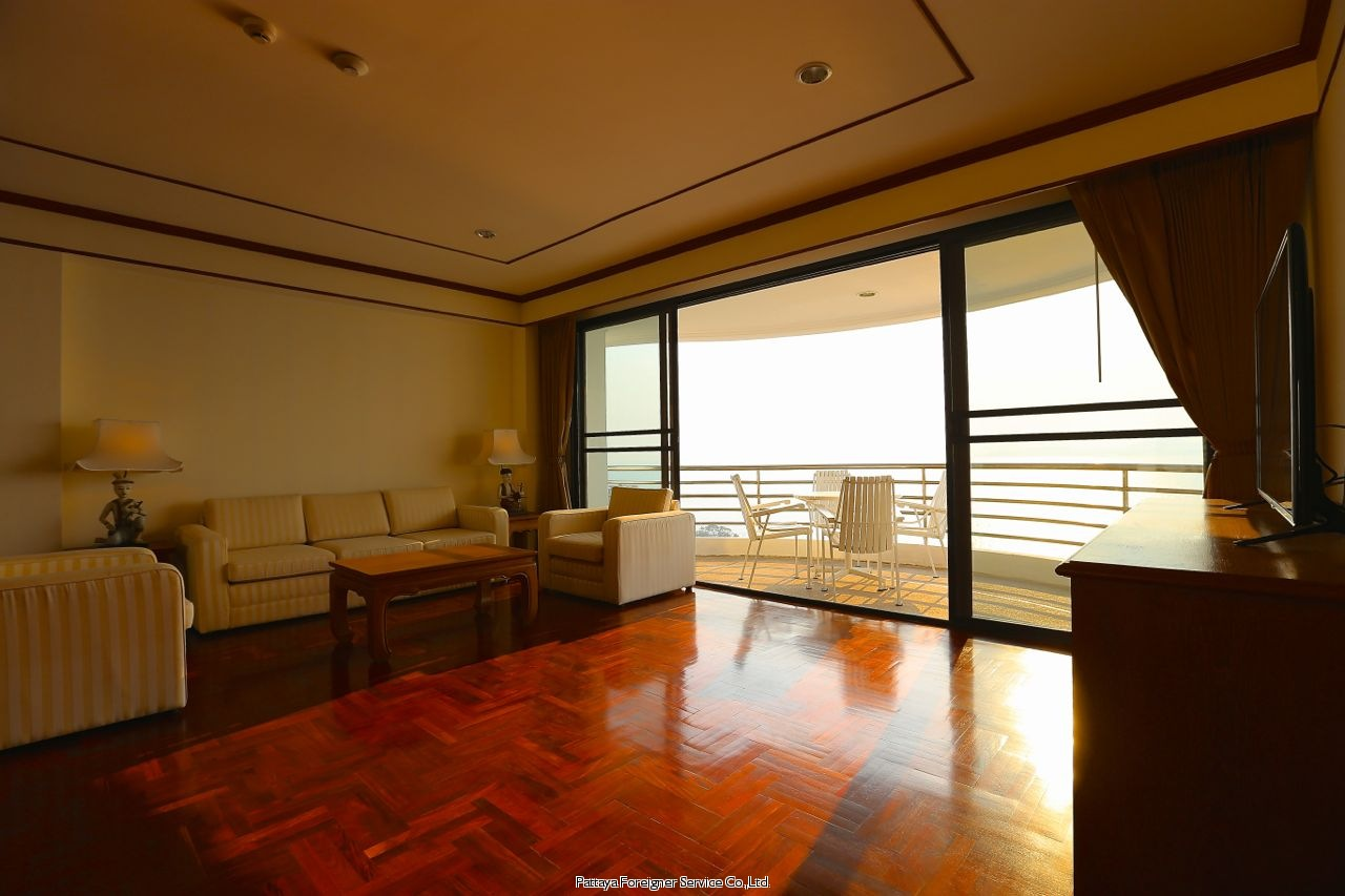 luxurious penthouse with seaviews Condominiums for sale in Pratumnak Pattaya