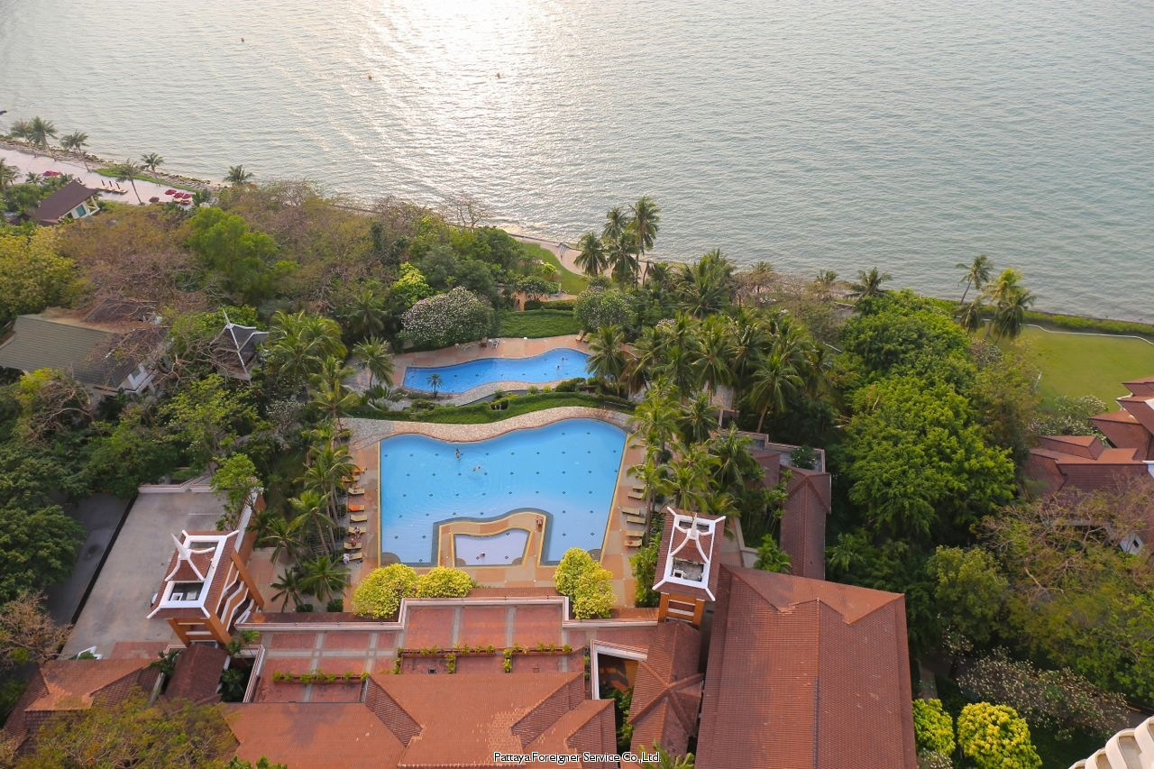 pic-11-Pattaya Foreigner Service Co.Ltd. condo in beautiful surroundings  for sale in Pratumnak Pattaya