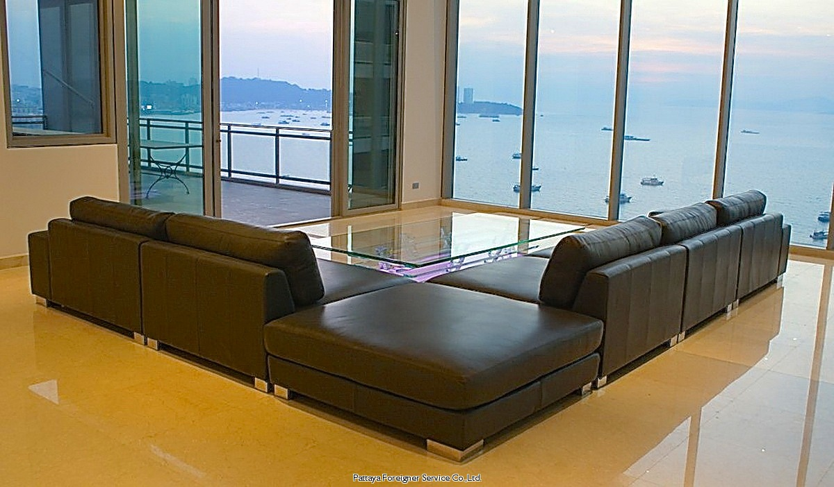 stunning beachfront penthouse Condominiums for sale in Naklua Pattaya