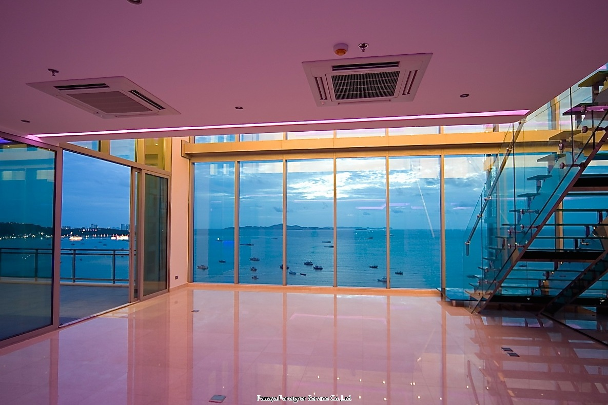 spectacular beachfront duplex condo for sale in North Pattaya Pattaya