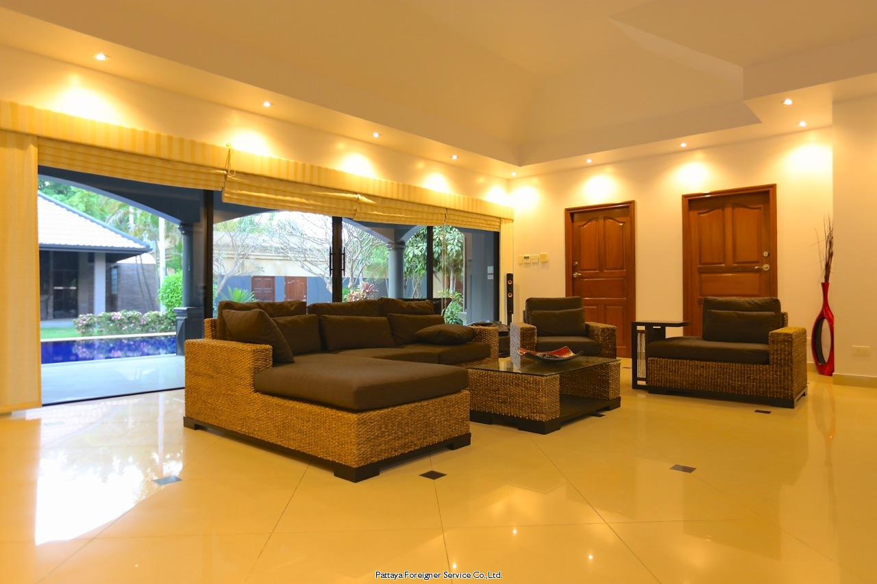 northpoint - stunning 3 bedroom duplex sub-penthouse Condominiums to rent in Wong Amat Pattaya