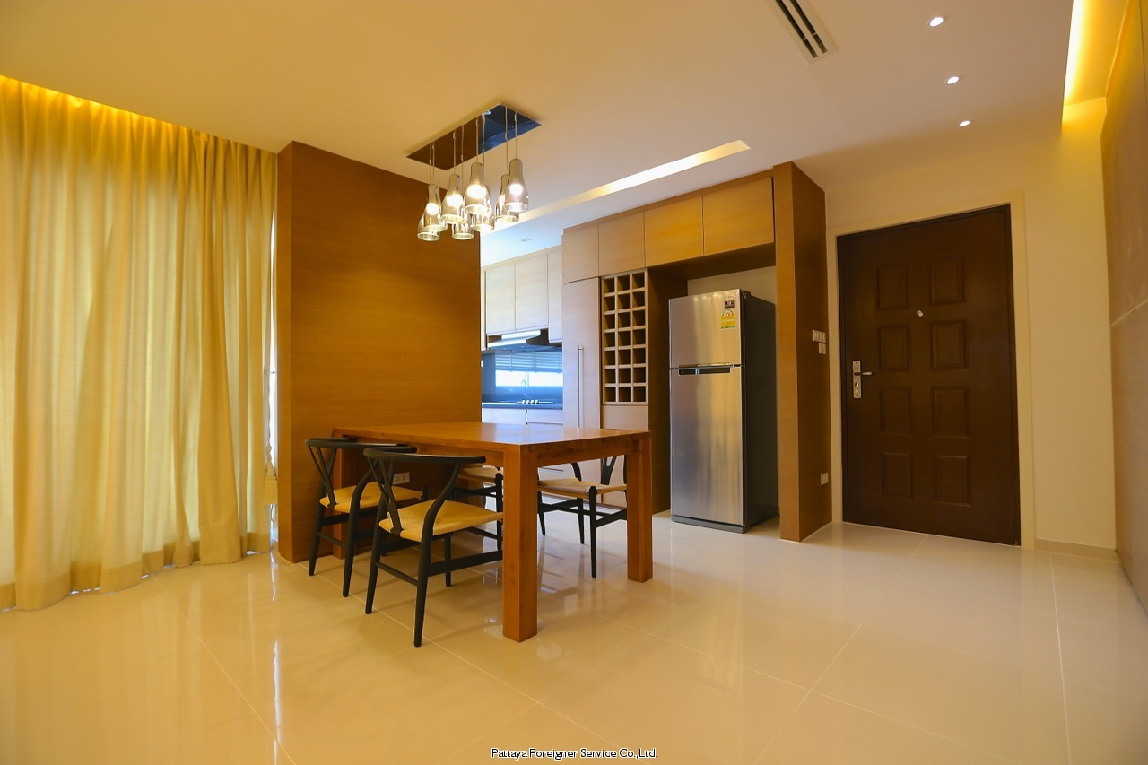 pic-5-Pattaya Foreigner Service Co.Ltd. luxurious beachfront condo centrally located in jomtien  for sale in Jomtien Pattaya