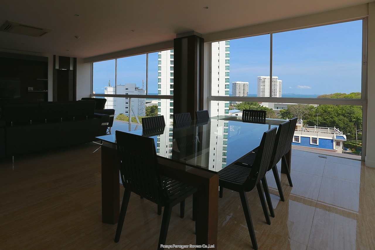 ocean view corner condo for sale !  for sale in Jomtien Pattaya