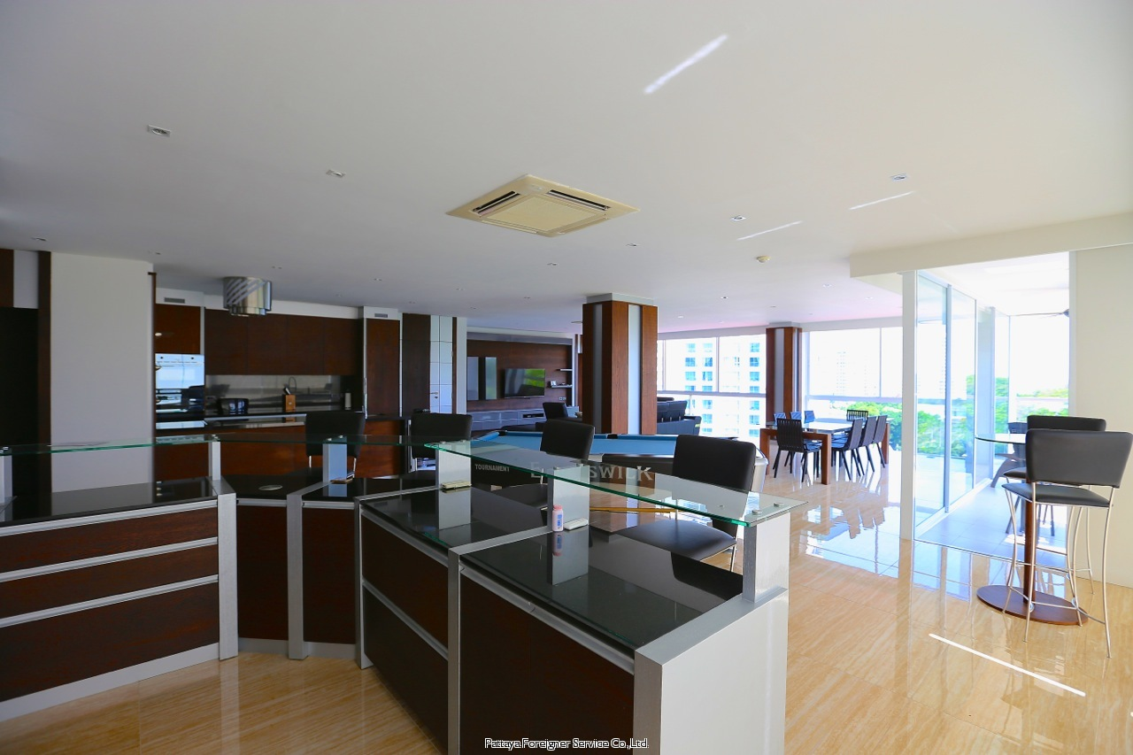 pic-9-Pattaya Foreigner Service Co.Ltd. high class fitted luxurious penthouse Condominiums for sale in Pratumnak Pattaya