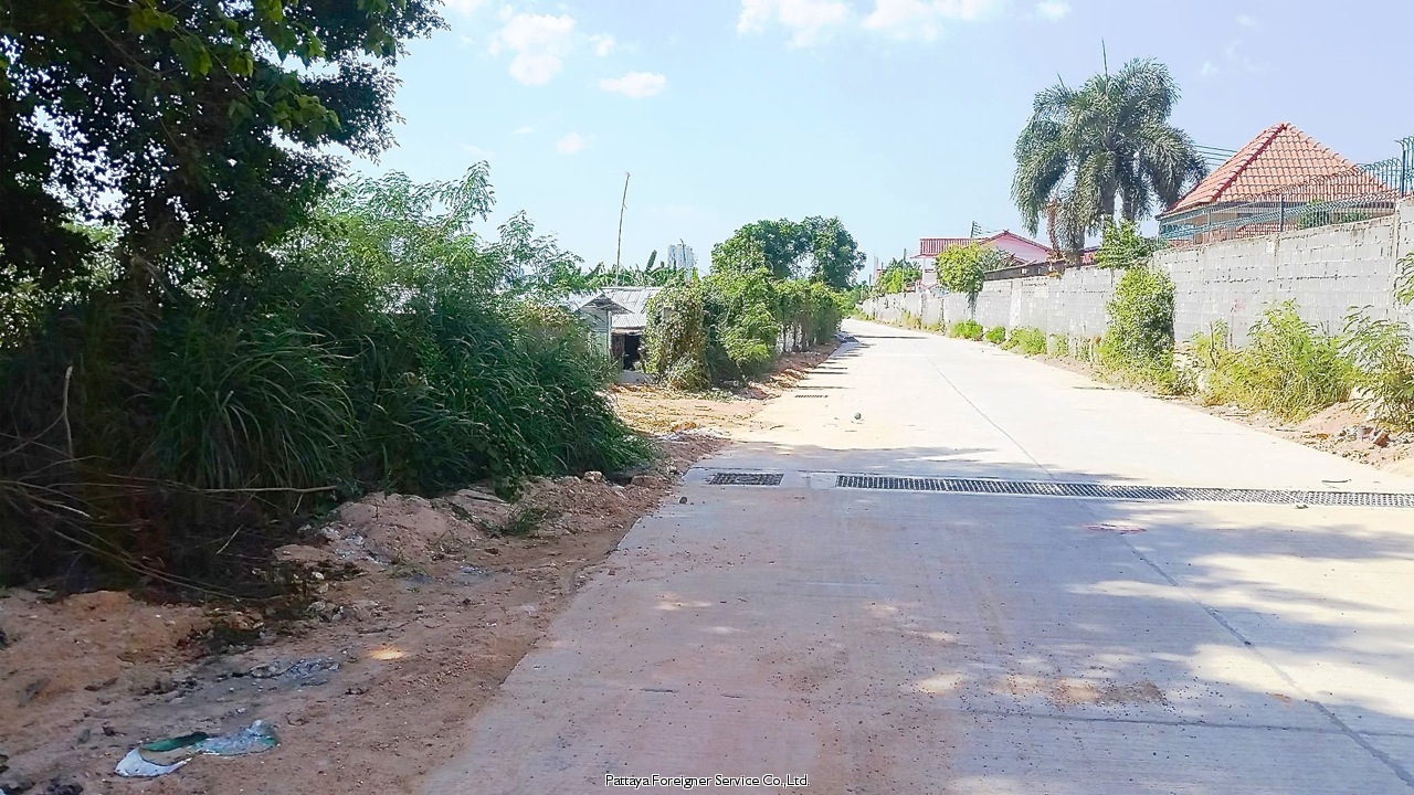 3 rai land on pratamnak hill  Condominiums for sale in Pratumnak Pattaya