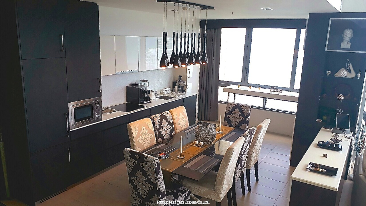 spectacular penthouse with 360 degree view Condominiums for sale in Pratumnak Pattaya