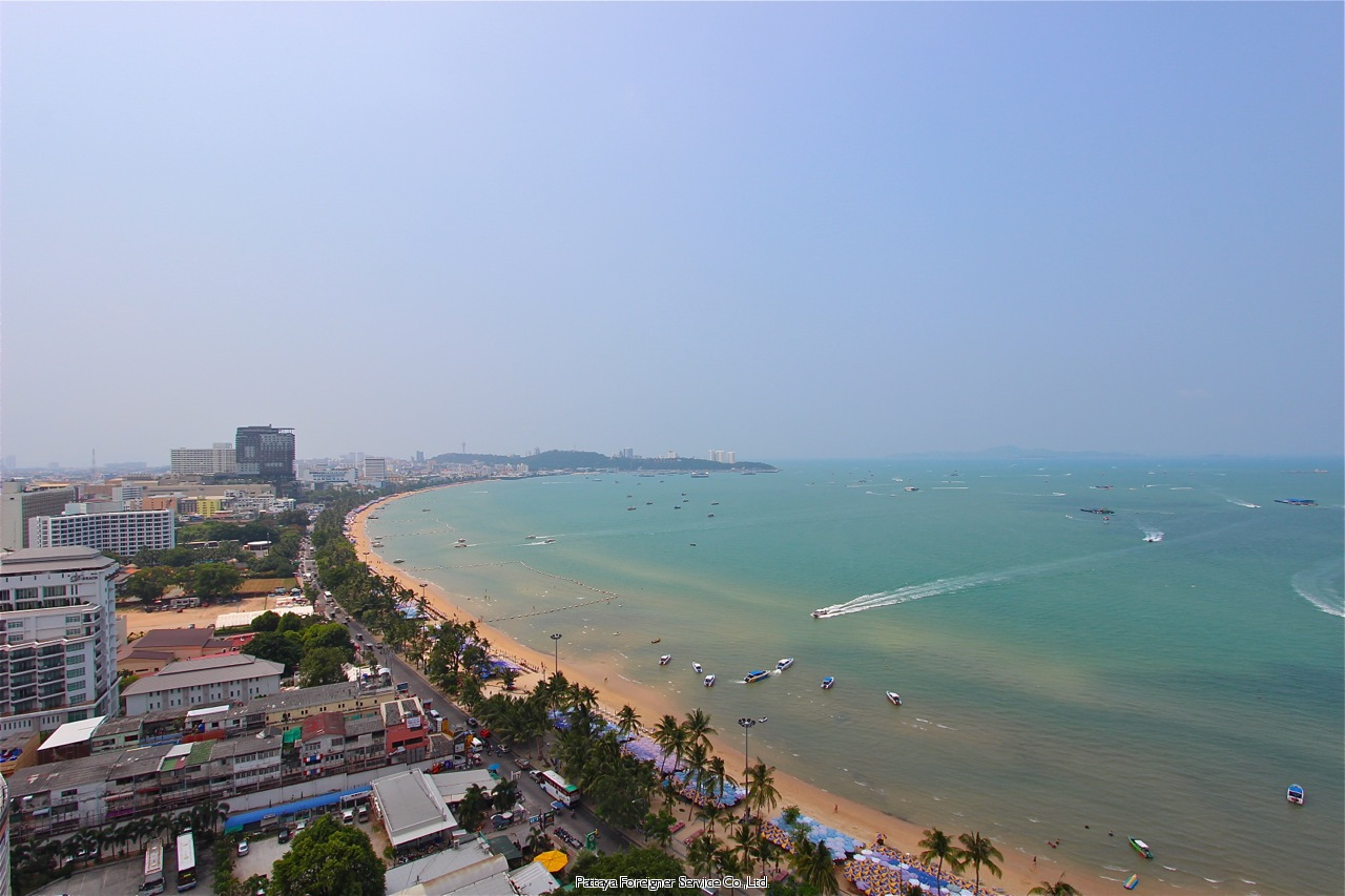 modern condo in a five star building with a 5 star view to rent in North Pattaya Pattaya