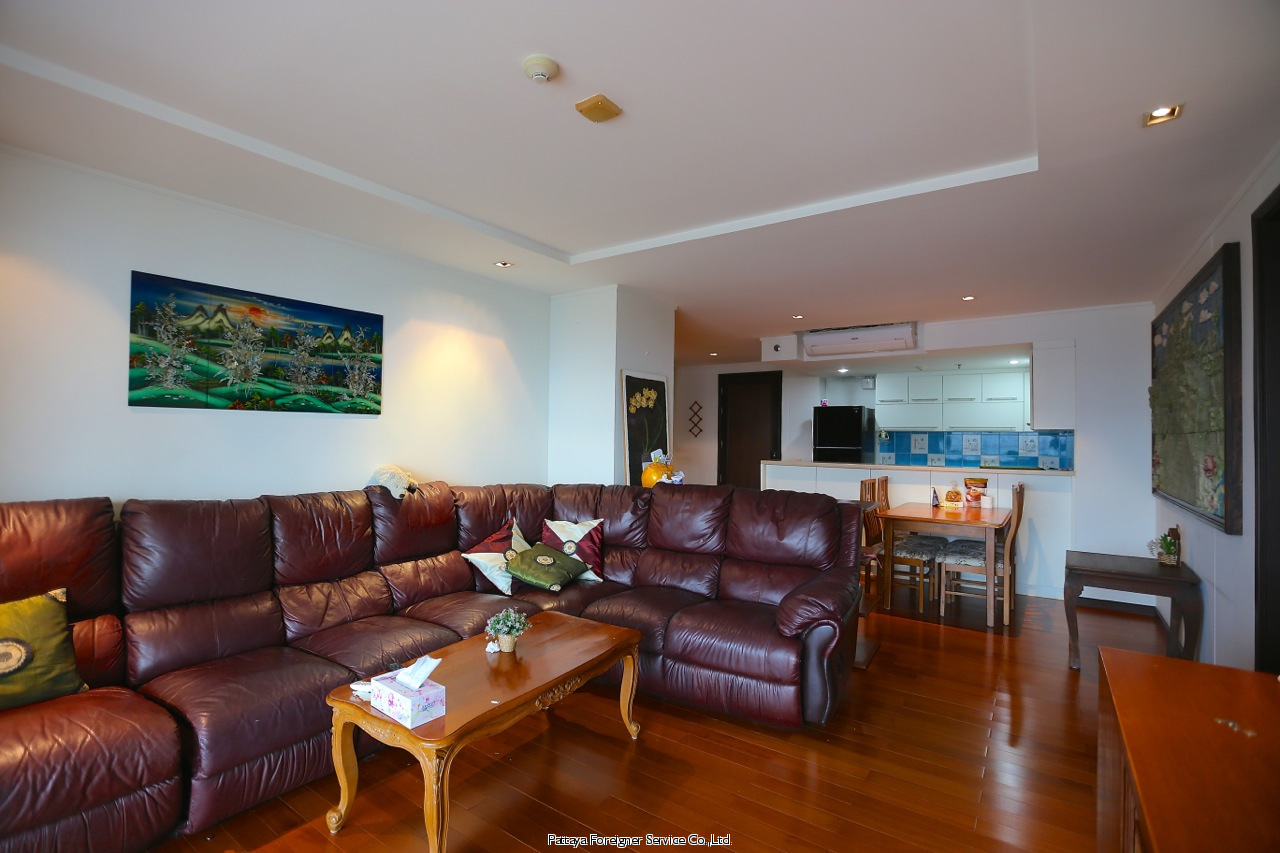 condo in five star building on pattaya beach road 借りる で ノースパタヤ パタヤ