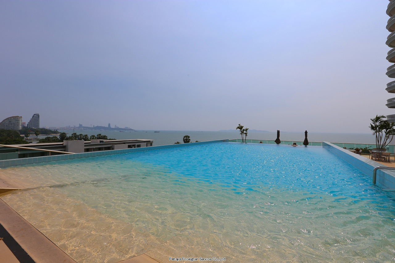2 bedroom condo 50 meters from the beach att hyra i Naklua Pattaya