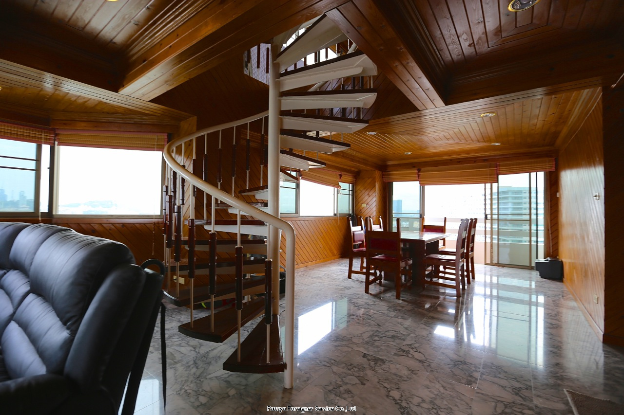 pic-6-Pattaya Foreigner Service Co.Ltd. beachfront penthouse in jomtien Condominiums for sale in Jomtien Pattaya