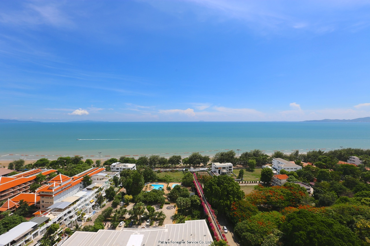 beachfront penthouse in jomtien Condominiums til salgs I Jomtien Pattaya