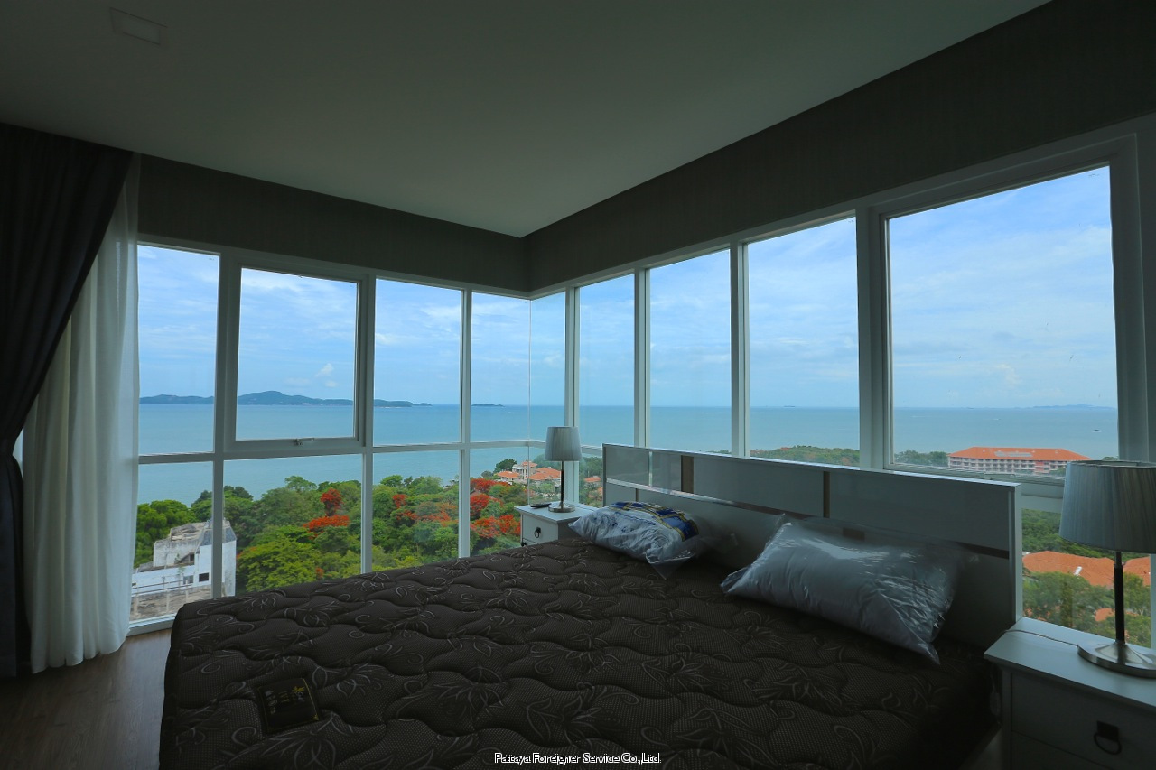 new condo with awesome view for rent to rent in Pratumnak Pattaya