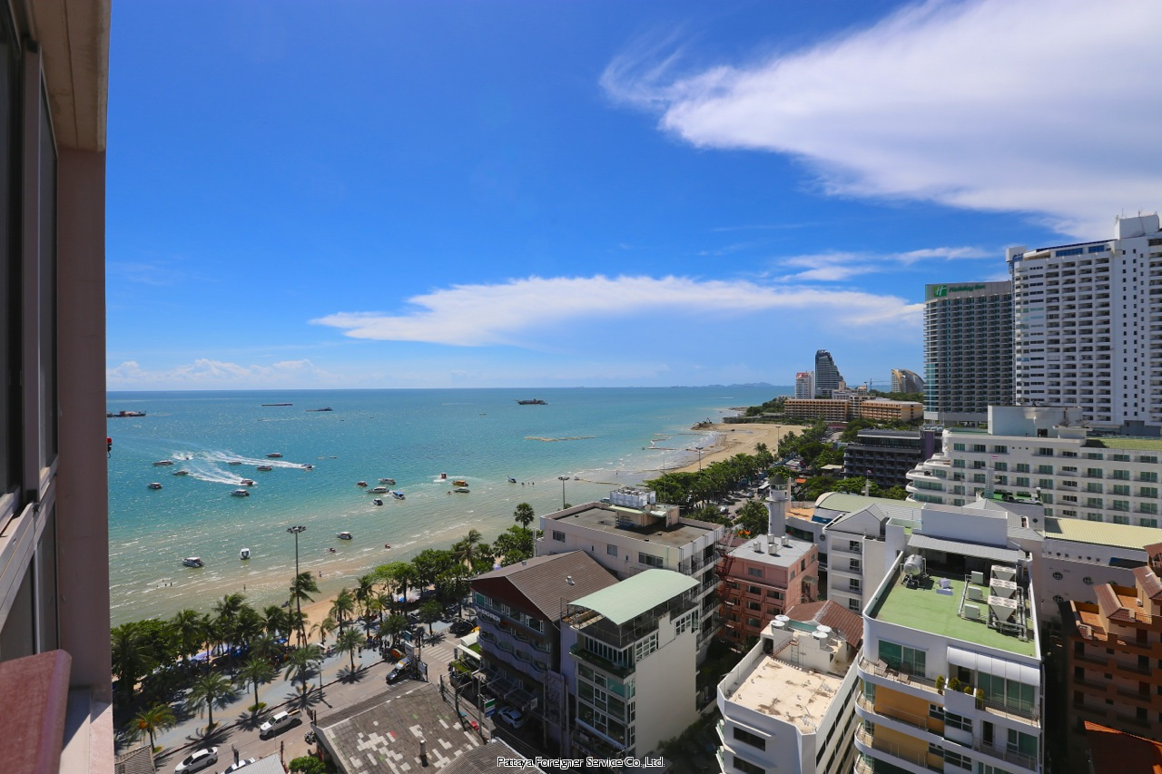 two bedroom condo in centrally located five star building to rent in Central Pattaya Pattaya