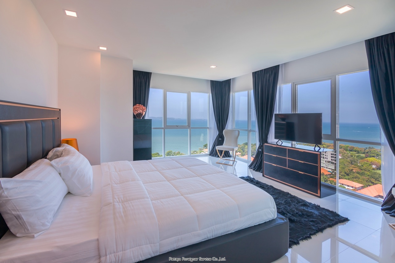 modern five star pentloft with exquisite fittings and breathtaking views Condominiums for sale in Pratumnak Pattaya