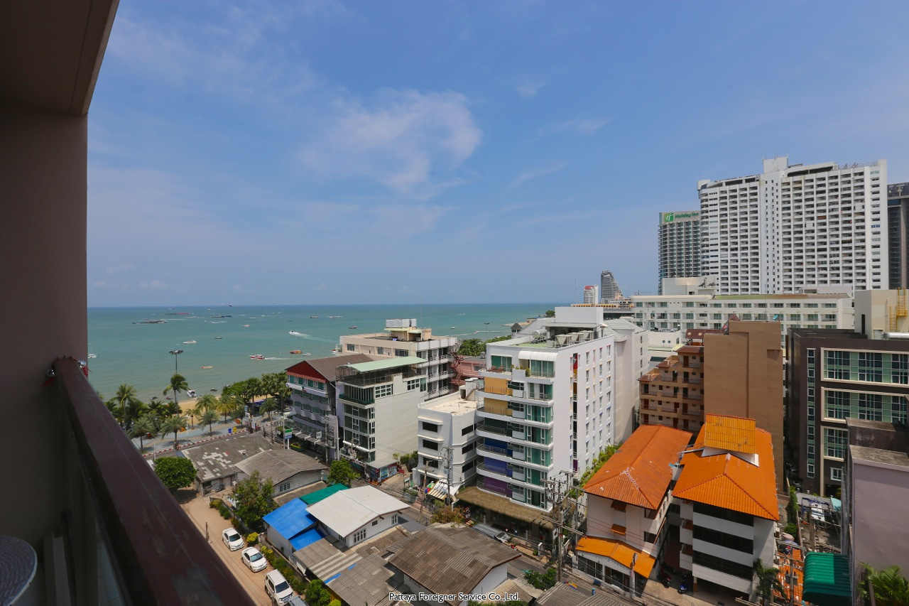 condo in five star building on pattaya beach road till salu i North Pattaya Pattaya
